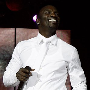 Akon - Jingle Bell Ball 2010